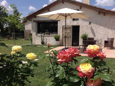 Photo for Au fil des vignes Muscadelle 75m2 gîteis located at 12km of Bergerac and airport
