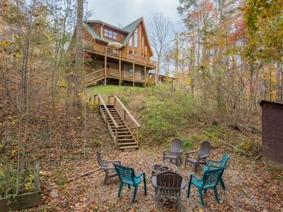 Photo for Impressive 3 bedroom cabin with window wall, multi-level decks, and game room!