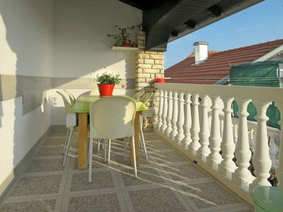 Photo for Apartment Komic (VOD211) in Vodice - 6 persons, 2 bedrooms