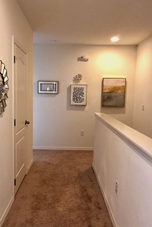 BE OUR GUEST TOWNHOME 4BED /3,5Bath