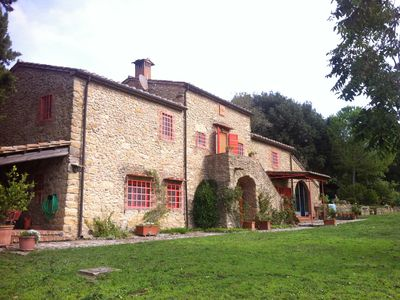 Photo for Podere Pietraio - ancient farmhouse surrounded by greenery