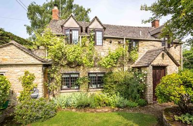 Photo for The Forge is a beautifully refurbished Cotswold stone cottage with a lovely private garden.