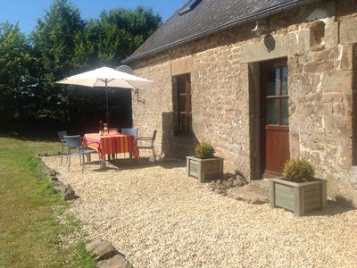 Photo for Beautifully renovated farmhouse. Lovely family friendly garden. Pets welcome