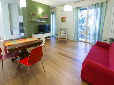 Photo for Spacious And Comfortable 3 Bedrooms Apartment In San Siro - Lotto