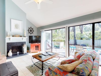 Photo for Cozy house w/ private pool, spa & nearby beach access - dogs ok!