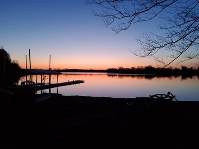 Enjoy a relaxing vacation on a lake (1 Bedroom (sleeps 4) )