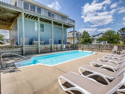 Photo for Tres Bella | 1900 ft from the beach | Private Pool