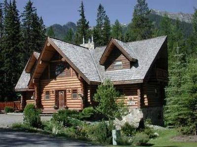 Photo for Spacious Log Home with Large Kitchen, Great Room and Log Burning Fireplace!