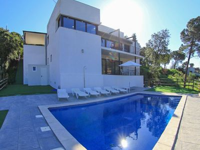 Photo for Club Villamar - New modern villa with a very atmospheric interior and  garden with private pool
