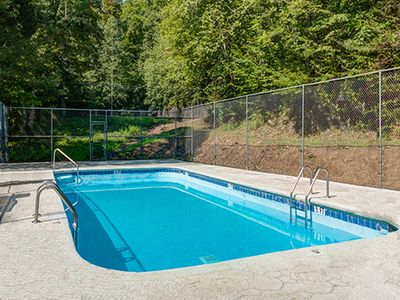 Two swimming pools to choose from - When you stay at Angel's View in the summer, you'll have free access to the Cobbly Nob community's two swimming pools, one of which is within walking distance of the cabin.