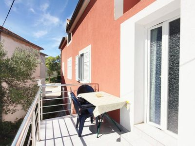 Photo for One bedroom apartment with terrace Murter