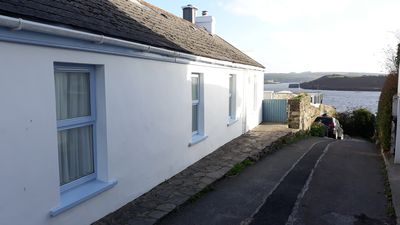 Cara's Cottage with harbour views. Lane is pedestrian only