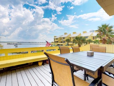 Photo for 3BR Townhome Vacation Rental in Navarre, Florida