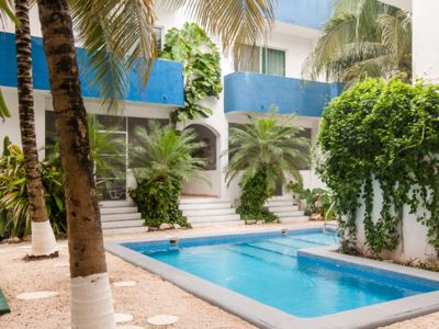 Photo for Between the 5th Av. and the Beach! Safe and Quiet, the best price the