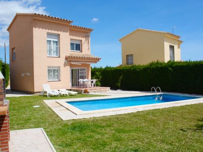 Photo for 2 bedroom Villa, sleeps 8 in Las Tres Cales with Pool, Air Con and WiFi