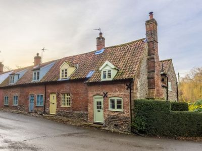 Photo for A beautifully restored listed cottage in the historic village of Gunthorpe.