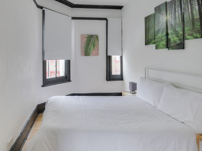 Photo for 2 Bedroom flat by Hyde Park (Central London)