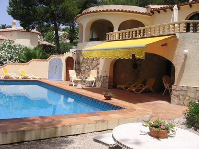 Photo for Spacious 6 bedroom villa with swimming pool (5x10), sea view, air conditioning and Internet