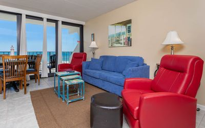 Photo for Two Bedroom on the Beach in Gulf Shores! Island Winds East