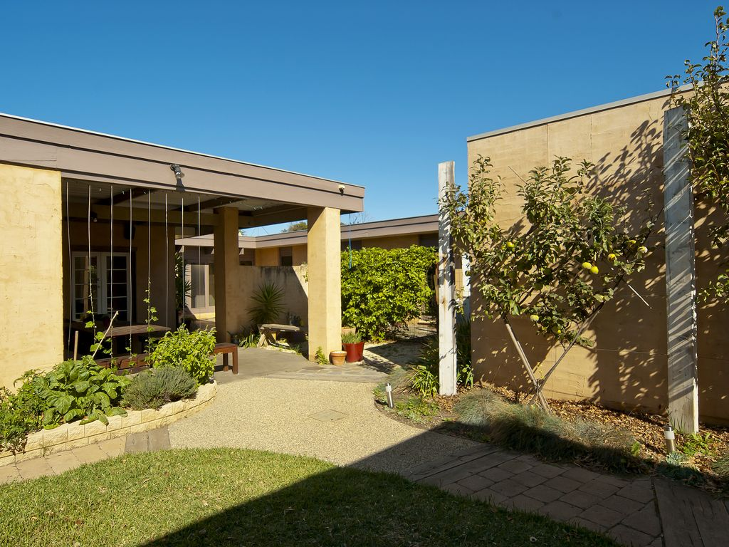 Walk To Beach And Shops From Your Peaceful Light Filled Home Away From Home Ocean Grove