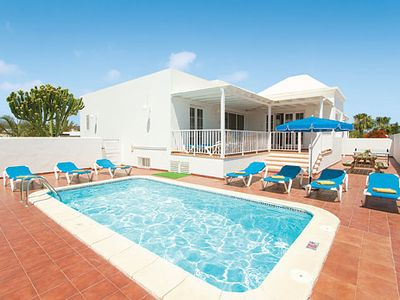 Photo for Large Villa w/pool, free Wi-Fi & a/c, close to amenities & the beach