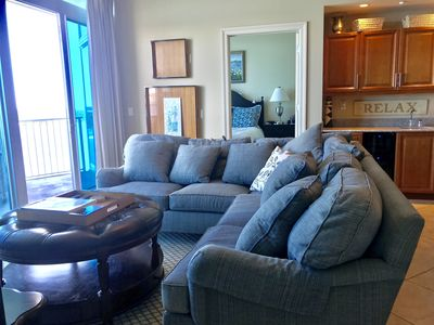 Overlooks lagoon | 17th floor | Ask about our Free Fun!