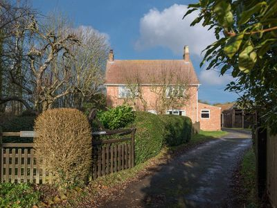 Photo for 3 bedroom accommodation in Legbourne, near Louth