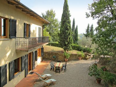 Photo for Apartment Casa Le Ginestre (TVN180) in Tavarnelle Val di Pesa - 6 persons, 3 bedrooms