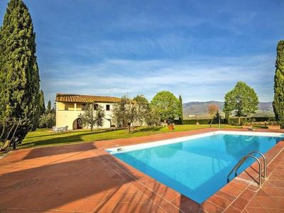 Photo for Country estate Pagnana, Rignano sull'Arno  in Um Florenz - 6 persons, 3 bedrooms