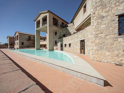 Photo for Gaiole in Chianti Apartment, Sleeps 4 with Pool, Air Con and WiFi