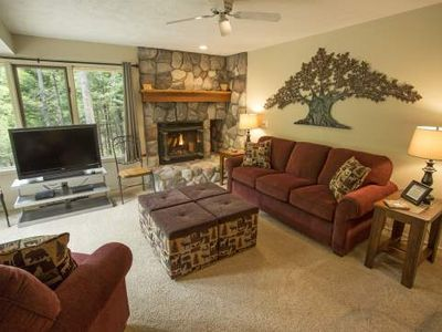 Cozy 2 Bedroom, 2 Bath Trout Creek Condo #107. Close to On-Site Heated Outdoor Pool, Pickleball.