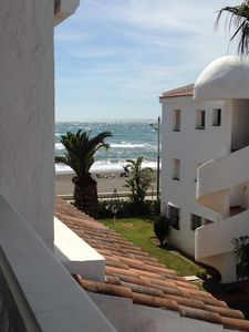 Photo for Luxury 3 bed apartment, on sea front, sleeps 6