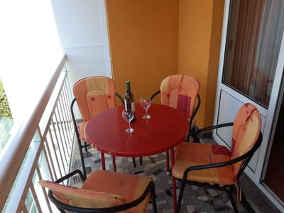 Photo for One bedroom apartment with balcony and sea view Gradac (Makarska) (A-13681-a)