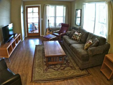 Cozy and Bright Living Room with HD TV & DVD