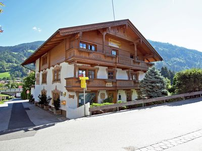Photo for Cheerily furnished family-friendly holiday home in the centre of Uderns