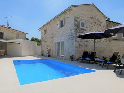 Photo for Vacation home Karmen (ROJ454) in Rovinj - 5 persons, 2 bedrooms