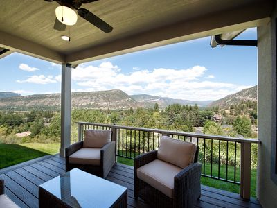 Brand New Custom Home - Amazing Views - 3 miles to downtown - Central AC