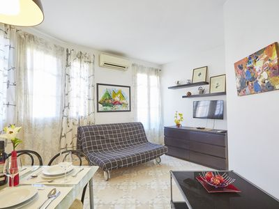 Photo for Charming one-bedroom apartment next to Sants station