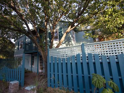 1940s Condo in the heart of Folly