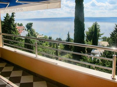 Photo for Apartment Haus Tanja (SRD404) in Starigrad-Paklenica - 8 persons, 4 bedrooms