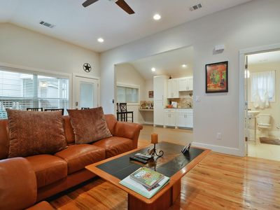 Photo for 2BR Cottage Vacation Rental in Austin, Texas