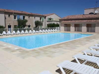 Photo for Gite in the heart of the Alpilles, Holiday residence with pool, Mouriès, 2/4 prs