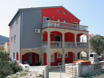 Photo for Two bedroom apartment with terrace Vinišće (Trogir)