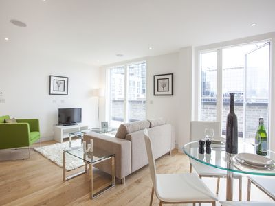 Photo for Old Street 1B apartment in Hackney with WiFi & lift.