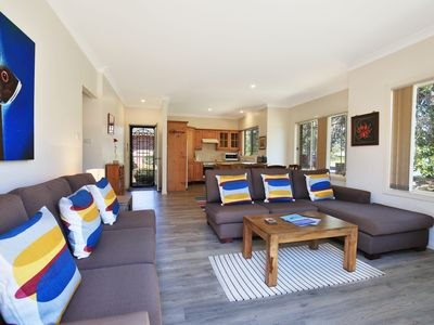 Photo for Clovelly - a short walk to the beach and golf course!