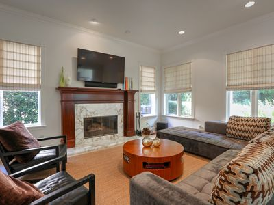 Photo for Elegant 4BR, 4.5BA Pacific Palisades Condo Near Beach and Los Liones Hiking