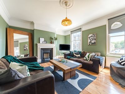 Photo for Spacious 3 Bed Maisonette in Hackney/Victoria Park