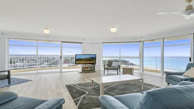 Photo for Burleigh Surf Spectacular Views from all Rooms