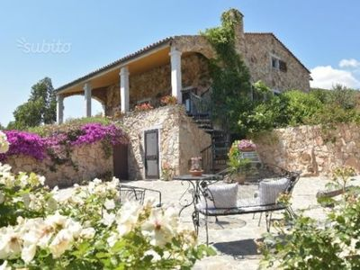 Photo for Beautiful apartment in villa with sea view