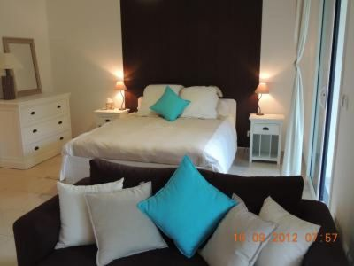 Photo for Studio apartment in the center of Cannes with Internet, Pool, Air conditioning, Terrace (967713)